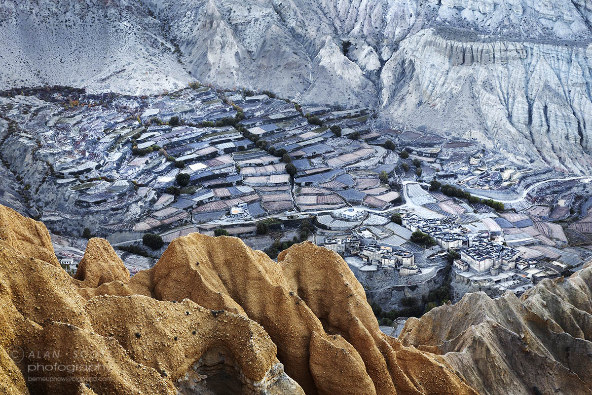 Local village in Upper Mustang Trekking