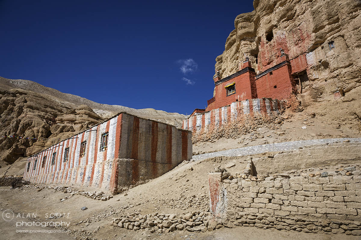 houses in Upper Mustang Trekking